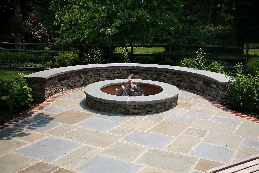 Verigated Bluestone Patios Archives